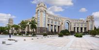 复旦大学的李兆基图书馆