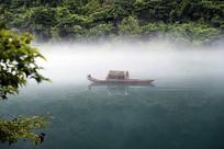 迷雾小东江