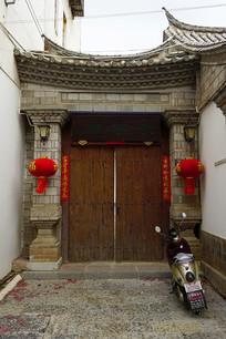 云南建水古城传统居民院子
