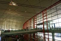 北京机场室内人行天桥