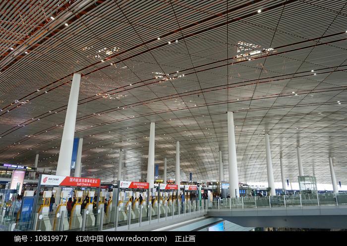 北京首都国际机场出发厅 图片