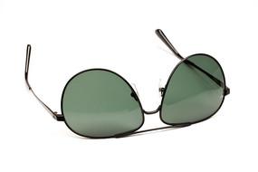 现代时尚的户外用品绿色太阳镜