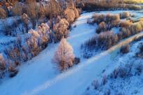大兴安岭雪原树林雾凇暖阳