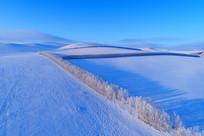 航拍呼伦贝尔原野冬季地理风光