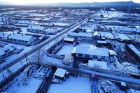 航拍森林小镇雪景