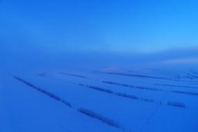 呼伦贝尔田野农田雪景