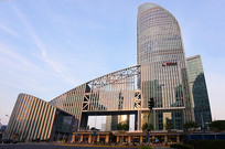 上海陆家嘴的招商银行大楼