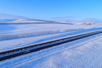 雪域雪原公路