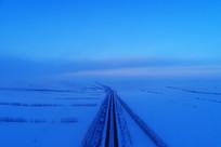 雪域雪原公路暮色(航拍)