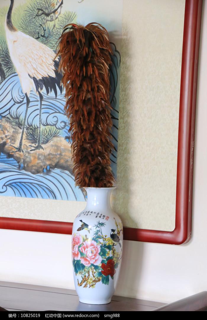 牡丹瓶鸡毛掸图片