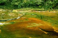 成都天台山-清澈溪流丹霞河床