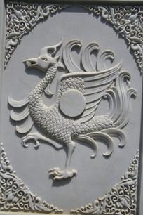 古代神兽凤雕像