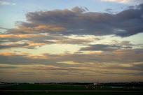 晚霞中的杭州机场