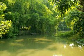 黄龙溪古镇陈家水碾上的小河