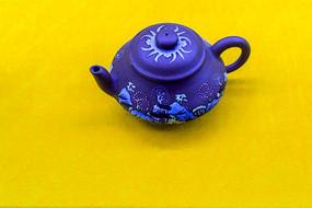俯拍紫砂壶