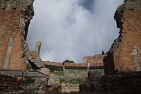 修复中的马西莫贝里尼剧院修复