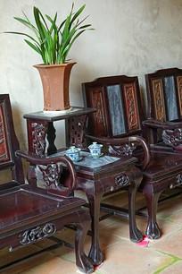 深圳罗秋航故居中式客厅几座