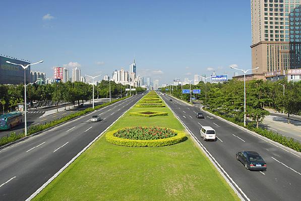 深圳深南大道-道路及绿化带