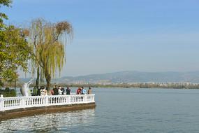 西昌邛海观光步道