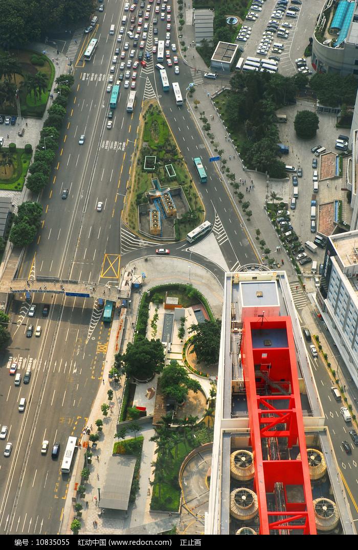 深圳地王观光-俯拍深南大道 图片