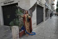 意大利巴勒莫街头雕像