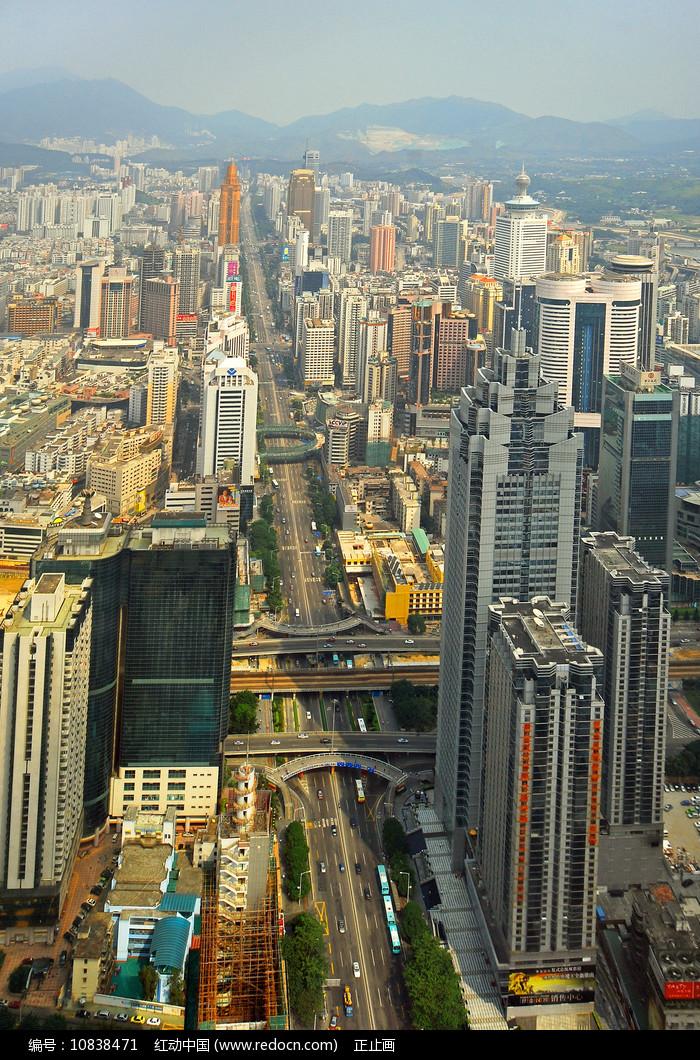 深圳中心区深南大道俯拍图片