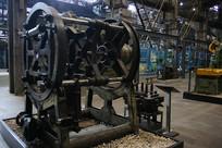 老旧工厂大型设备