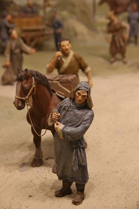 辽东马市泥塑-牵马人