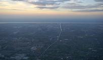 傍晚的杭州城市及钱塘江俯拍