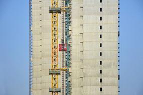 高层建筑施工电梯