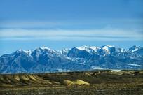 雪山草甸高原