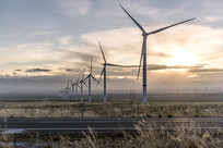 草原风力发电场