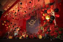 红黑金婚礼场景布置