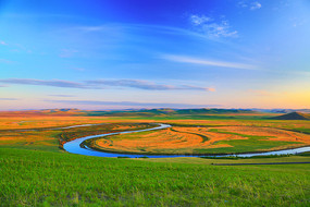 呼伦贝尔草原河湾景色