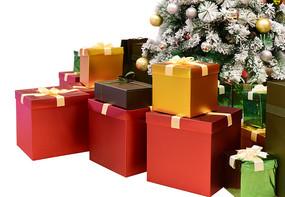 一堆圣诞礼盒