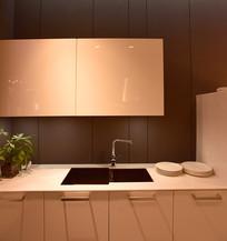 简约风格的厨房厨柜