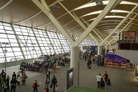 上海浦東機場候機廳俯瞰