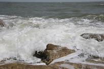 海滩浪花泡沫