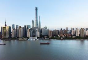 上海陆家嘴金融区的楼群