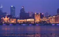 黄浦江沿岸的上海外滩建筑群