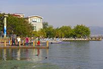 西昌邛海畔的码头
