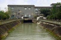 成都东风渠上的自来水厂
