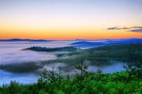 大兴安岭原始森林云雾朝阳