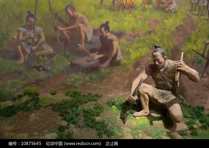 成都古蜀地宝墩遗址古人类雕塑图片