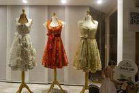 服装店橱窗女装
