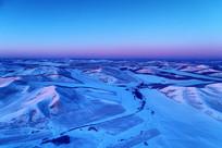 冰雪覆盖的额尔古纳雪野