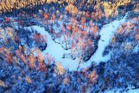 航拍大兴安岭雪原冰河红柳