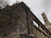圣马利亚升天大教堂塔楼一角