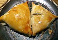 维吾尔族烤包子