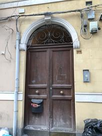 意大利巴勒莫民宿大门